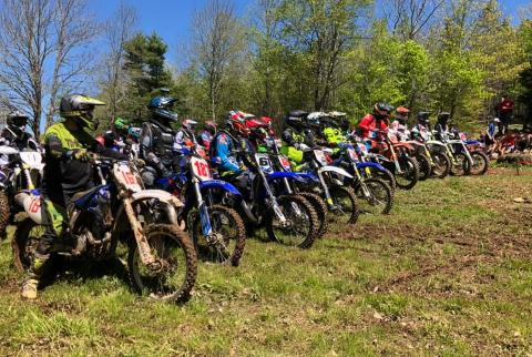 hare scramble start line